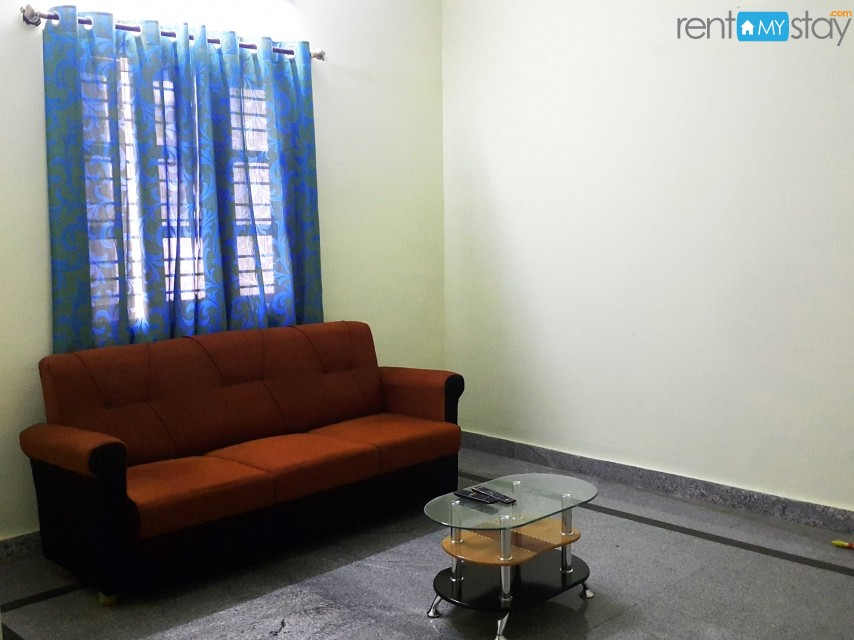 Furnished 1BHK nr Koramangala 1st Block in HSR Layout/image2