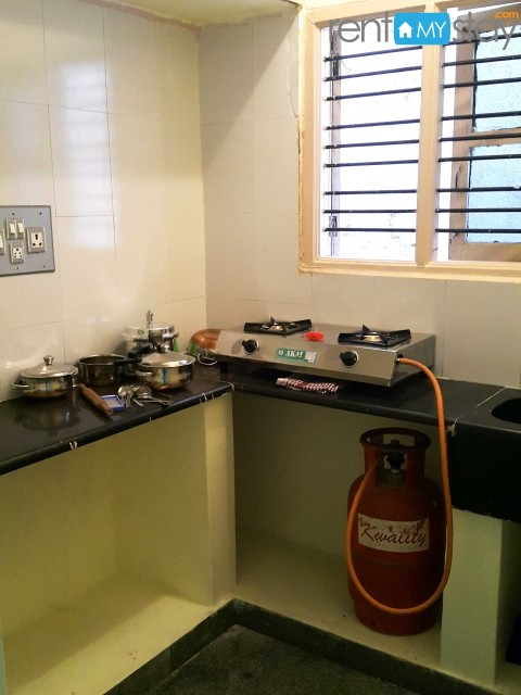 Furnished 1BHK nr Koramangala 1st Block in HSR Layout/image9
