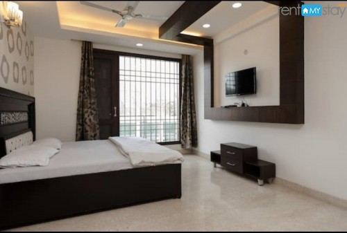 Luxurious! 4 room apartment