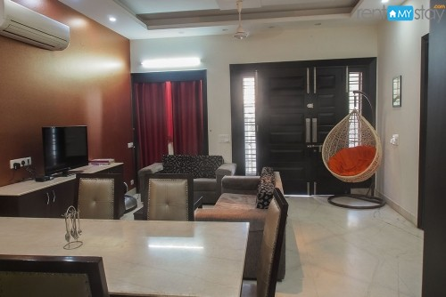 Shared Furnished Villa in Sector 28 for girls