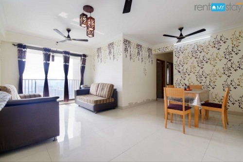 3 Bedroom Spacious & Luxurious Apartment