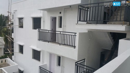 Fully Furnished 1 BHK near Yahoo