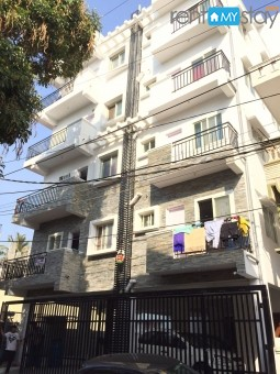 1BHK Furnished Apt. near Indiranagar in Old Airport Road/image1