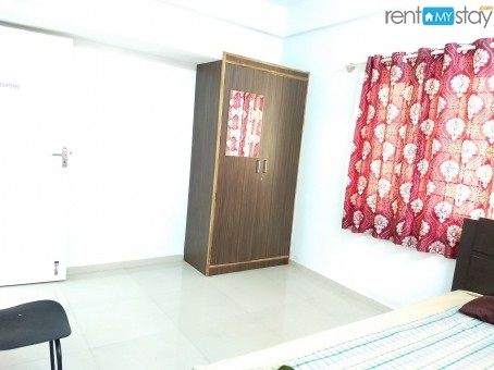Fully Furnished 1BHK near Kemp Fort Mall in Old Airport Road/image2