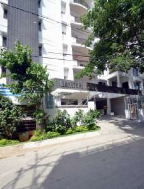 Charming Share apartment near Gachibowli