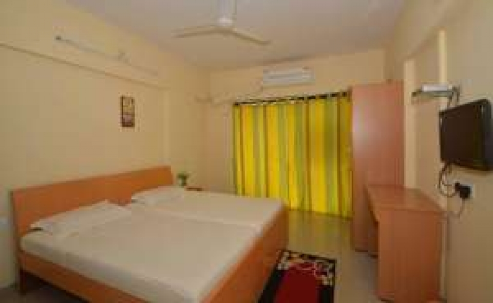 Apartment with 3 BHK in Andheri JVLR