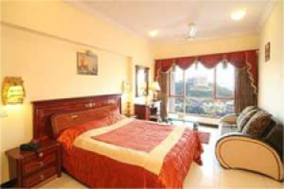 Studio Apartment @Royal Palms Goregaon E